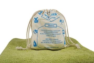 4 x Trocknerball aus 100% Schafwolle zum Strom sparen und für weichere Wäsche. Wäschetrocknerbälle als natürlicher Weichspüler, die umweltschonende Alternative zum Tennisball im Trockner. Umweltschonend gepflegte Wäsche mit Trocknerbällen auch für Allergiker und Babykleidung. -
